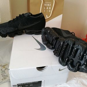 Nike VaporMax (More than one size)